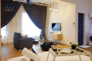 The Cube by Perfect Host - Serdang