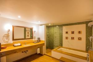 Lemon Tree Amarante Beach Resort, Goa, Курортные отели  Кандолим - big - 29