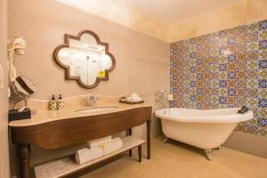 Lemon Tree Amarante Beach Resort, Goa, Курортные отели  Кандолим - big - 24