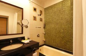 Lemon Tree Amarante Beach Resort, Goa, Курортные отели  Кандолим - big - 10