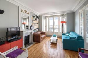 Cosy flat for 4p with terrace in the 10th district