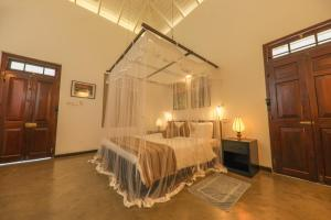 Thompson Manor (A Luxury Villa in Galle), Vily  Gálla - big - 25