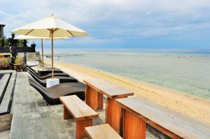 Pradana Beach Inn Luxury