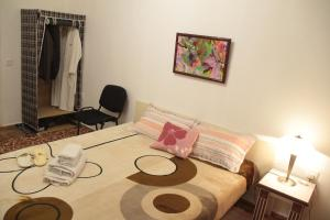 Guest House on Hasan Seyidbeyli 31, Homestays  Baku - big - 4