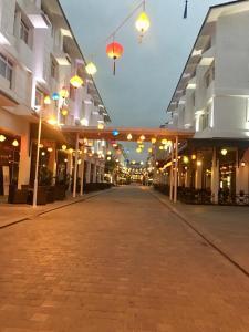 Queen Motel, Szállodák  Hạ Long-öböl - big - 27
