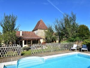 Maison De Vacances - St. Genies, Ferienhäuser - Saint-Crépin-et-Carlucet