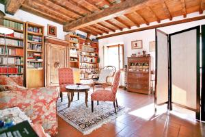 10 Via di San Niccolò - AbcAlberghi.com