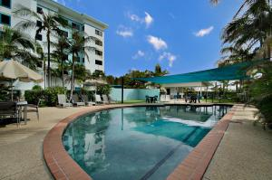 San Marino by the Sea Apartments - Pacific Paradise