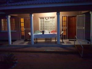 BJ&T Vacation Homes, Дома для отпуска  Касане - big - 13
