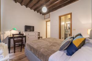 Spanish Steps Studio, Apartmány  Rím - big - 7