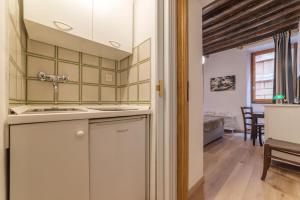 Spanish Steps Studio, Apartmány  Rím - big - 13