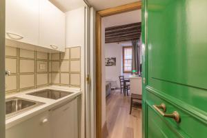 Spanish Steps Studio, Apartmány  Rím - big - 14