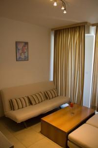 Sunny House Apart Hotel, Residence  Sunny Beach - big - 3