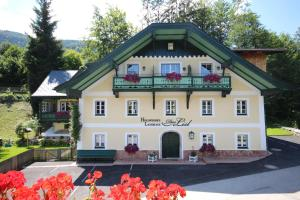 Hollwegers Landhaus - Das Lisl - Hotel - Sankt Gilgen