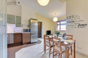 Neptun Park Sunny 2 Bedrooms Apartment