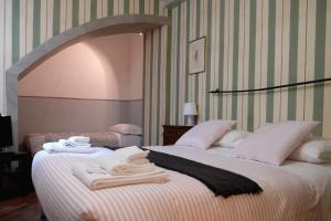 Great Escapes - Piazza Vecchia - Accommodation - Bergamo