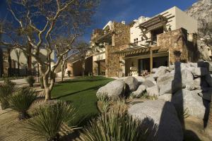 The Resort at Pedregal (14 of 50)