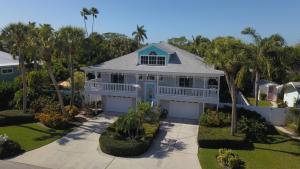 Bahama Mama Home - Холмс-Бич