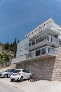 De Luxe Apartment Mediteran 4****