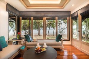 Barali Beach Resort & Spa, Resorts - Ko Chang