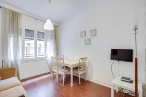 Lovely 3 bedroom apartment near Park Guell
