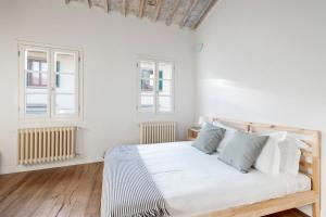 Amazing penthouse with 2 bed near Santa Croce - AbcAlberghi.com