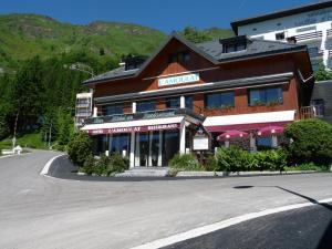 L'Amoulat - Hotel - Gourette