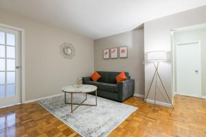 obrázek - Spectacular 2 bed 1 bath in the UES