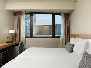 Gran Hotel Domine Bilbao (20 of 92)