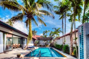 Private pool villa surrounded by tropical gardens (6/32) - Thalang