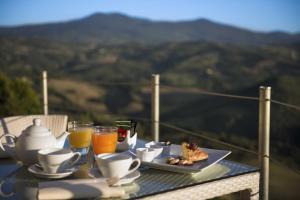 Castello di Velona Resort Thermal SPA & Winery, Hotels  Montalcino - big - 9