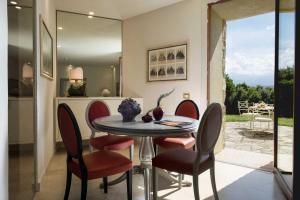 Castello di Velona Resort Thermal SPA & Winery, Hotels  Montalcino - big - 92