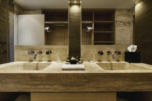 Castello di Velona Resort Thermal SPA & Winery, Hotels  Montalcino - big - 11