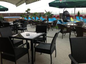 Sky Hotel, Отели  Орадя - big - 46