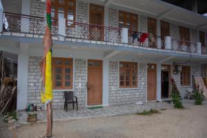 Auberges de jeunesse - Rikpa home stay