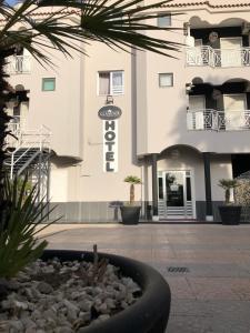 Hotel Glamour - Calvizzano