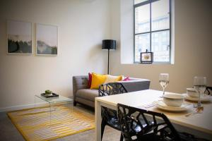Luxury Converted Tea Warehouse Apartments by Vere Stays