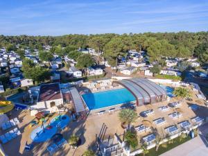 Location gîte, chambres d'hotes Camping Officiel Siblu La Pignade dans le département Charente maritime 17