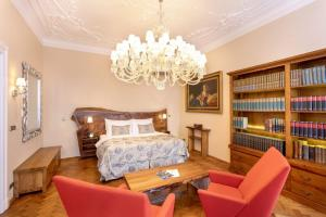 The Iron Gate Hotel & Suites (27 of 115)