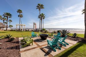 DoubleTree by Hilton Galveston Beach