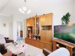Apartment Friedr.-Ludw. Jahn Str X, Apartments  Ostseebad Koserow - big - 14