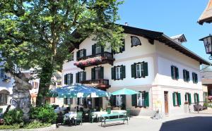 . Villa Egger