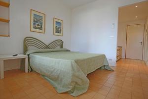 Residence Selenis, Apartmány  Caorle - big - 14