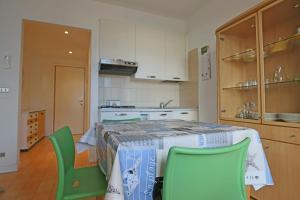 Residence Selenis, Apartmány  Caorle - big - 11
