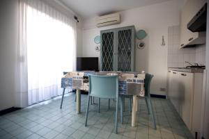 Residence Selenis, Apartmány  Caorle - big - 5