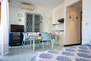 Residence Selenis, Apartmány  Caorle - big - 8