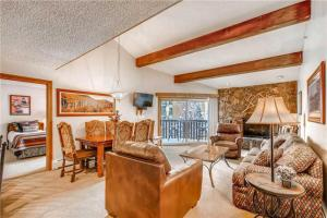 Spacious top-floor Condo for the whole family in Vail Lionshead Village | Westwind 405 + Westwind 405 4BD 3BA condo - Hotel - Vail