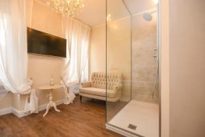 Luxury Suite Sirmione - AbcAlberghi.com