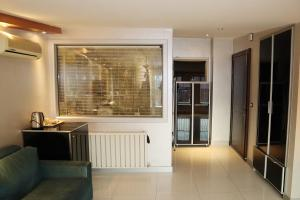 Large Flat For Families in City Center Near to Osmanbey Metro Station
