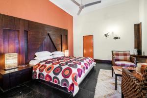 Riverside pool villa in Alto de Porvorim, Goa, by GuestHouser 65646, Vily  Macasana - big - 3
